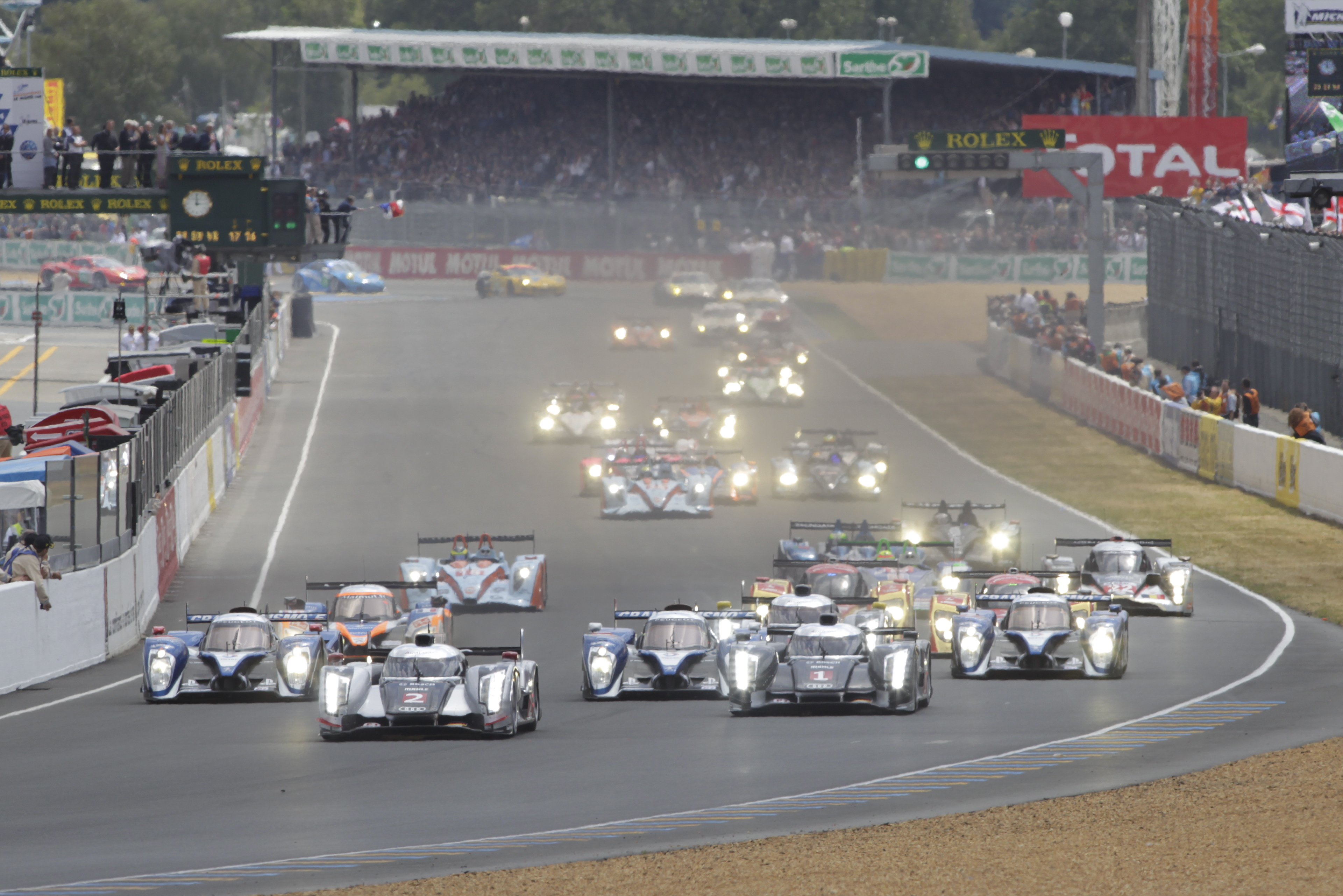 top 10s must sees at the 24 heures du mans john leblanc 39 s straight six. Black Bedroom Furniture Sets. Home Design Ideas
