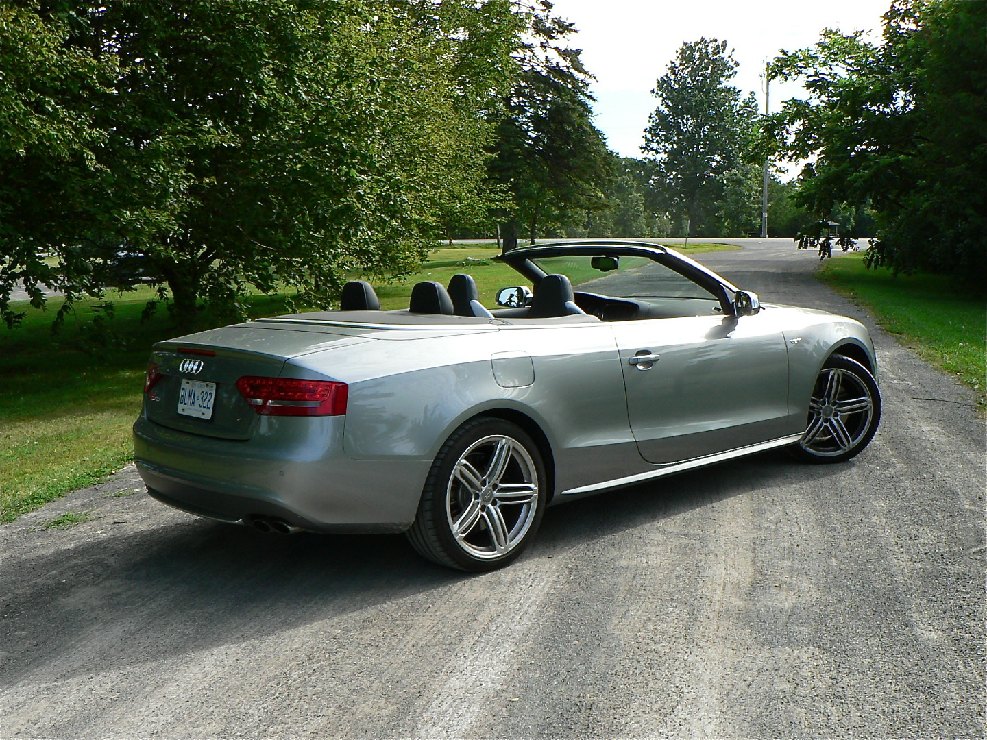 from the fleet 2011 audi s5 cabriolet john leblanc 39 s straight six. Black Bedroom Furniture Sets. Home Design Ideas