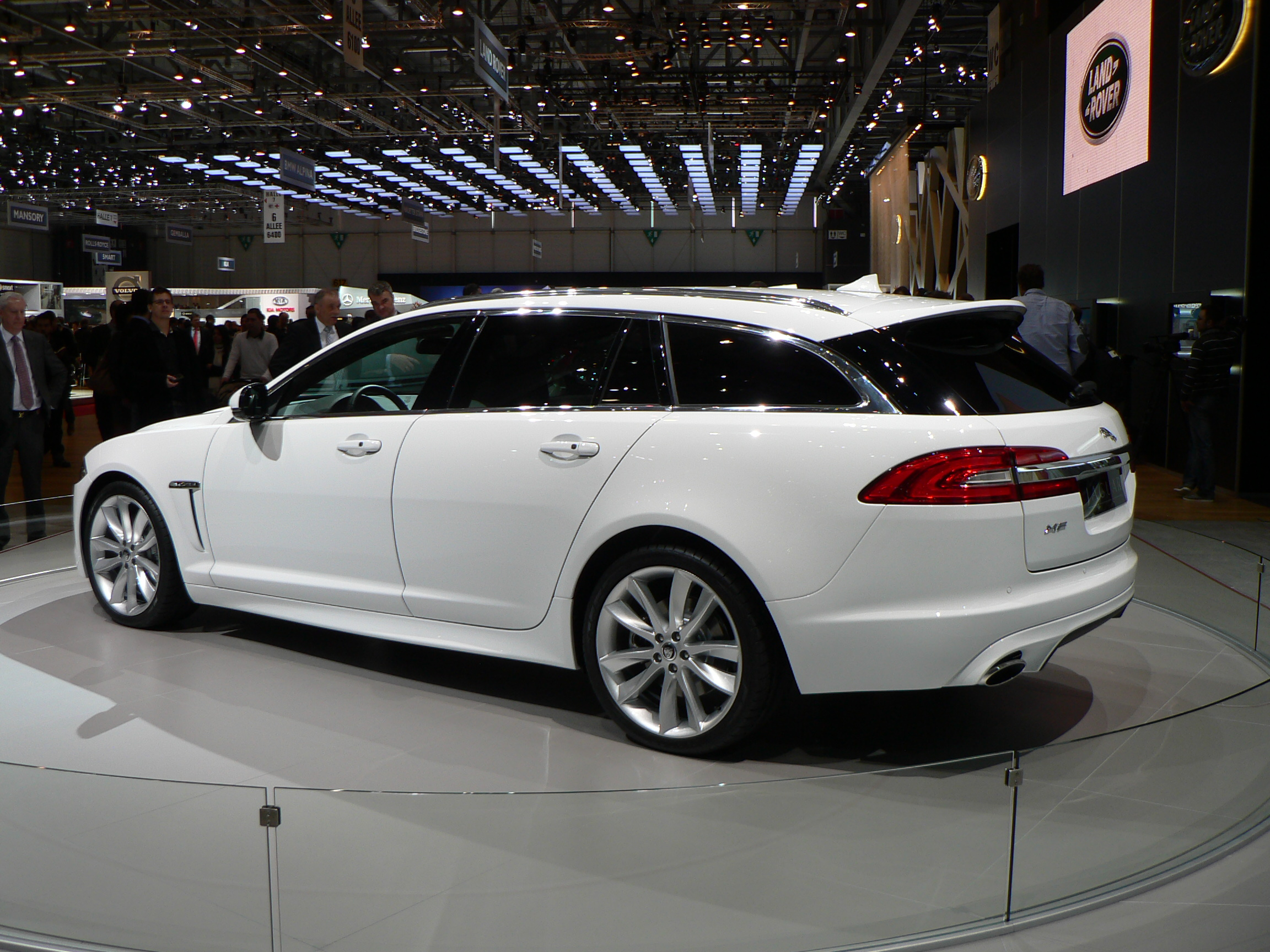 2018 jaguar station wagon. exellent 2018 looking at current jaguar wagons with 2018 station wagon