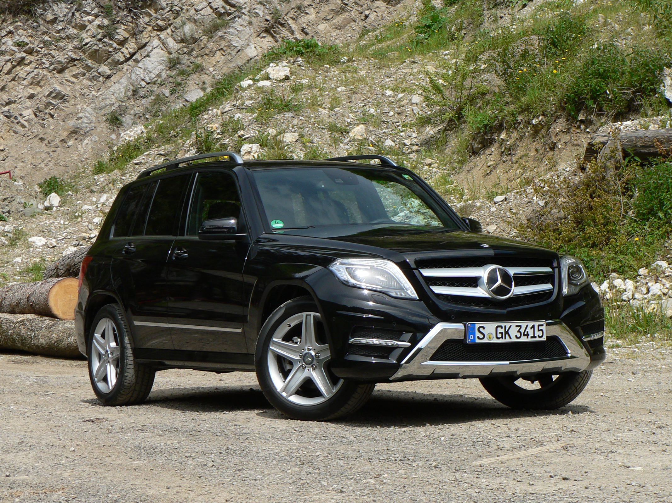 First drive video 2013 mercedes benz glk class john for 2012 mercedes benz glk class