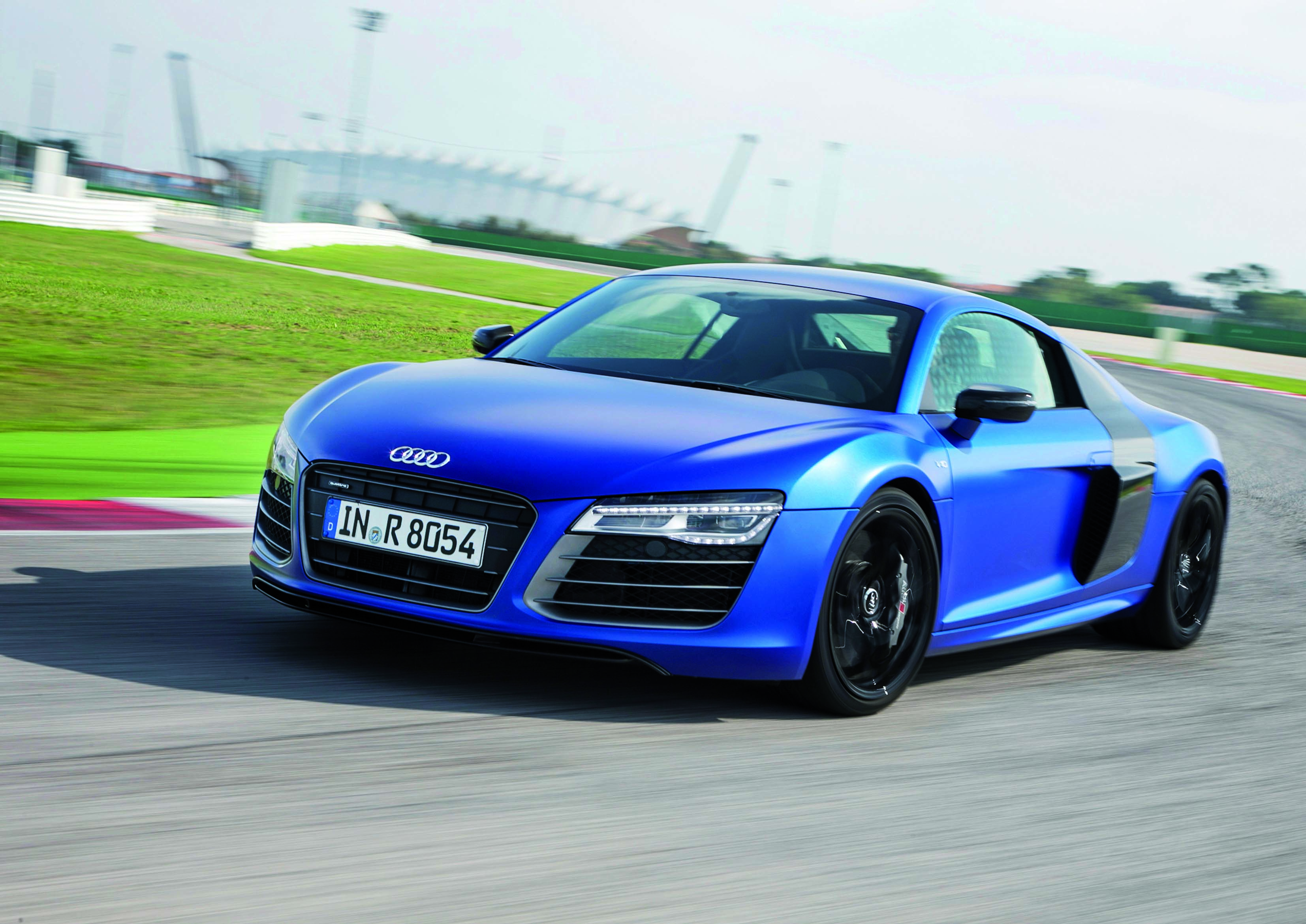 First Drive Audi R John LeBlancs Straightsix - Audi super car