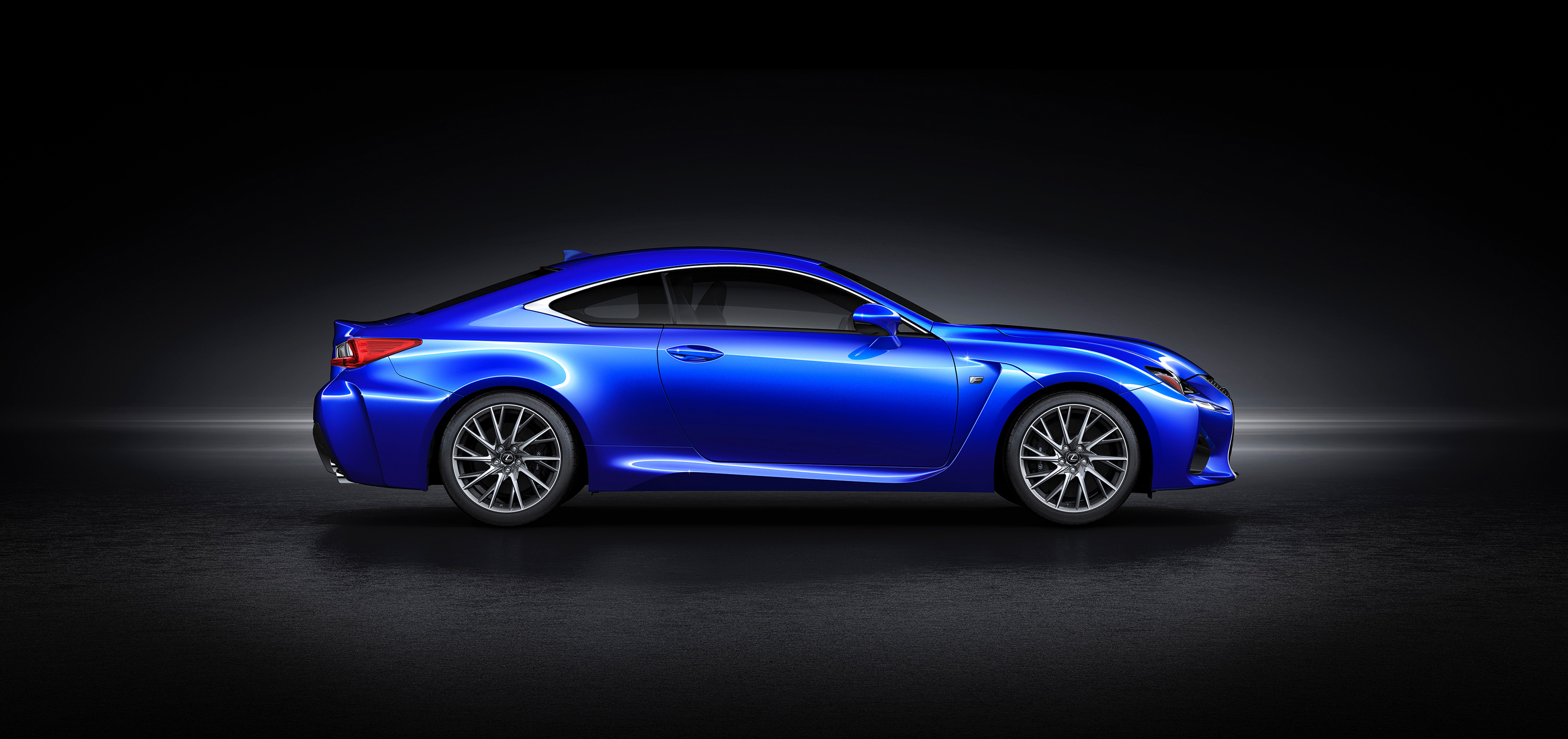 detroit    lexus rc  finally snag  bmw buyers john leblancs straight