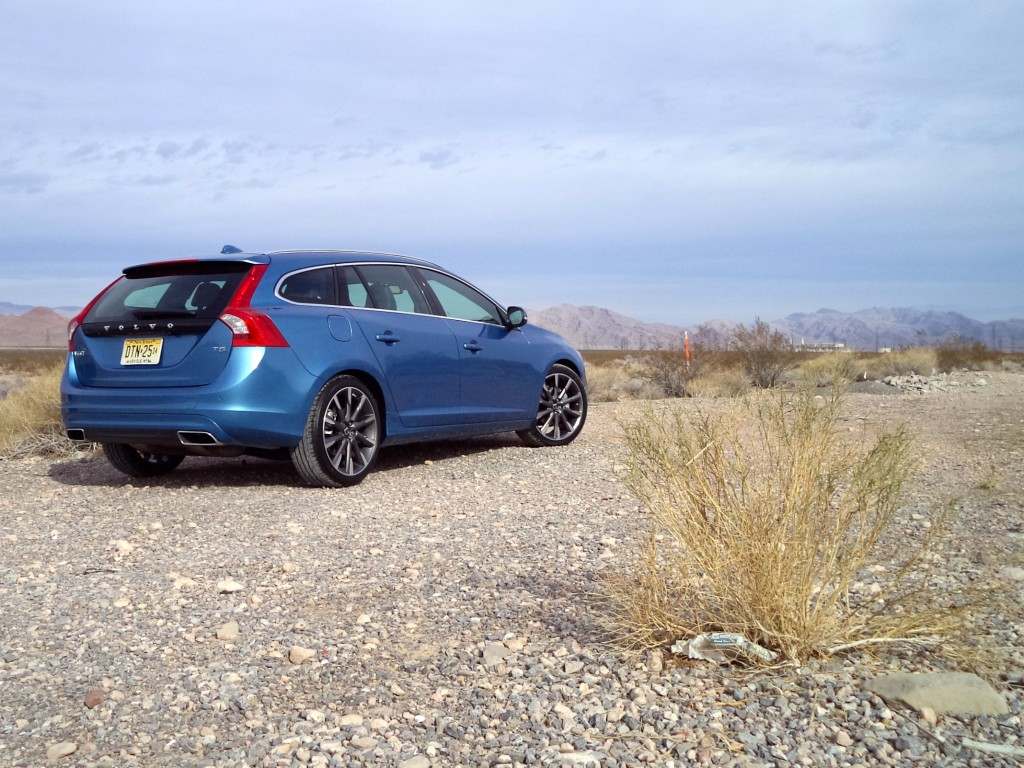 first drive 2015 volvo v60 sportswagon t5 fwd john leblanc 39 s straight six. Black Bedroom Furniture Sets. Home Design Ideas