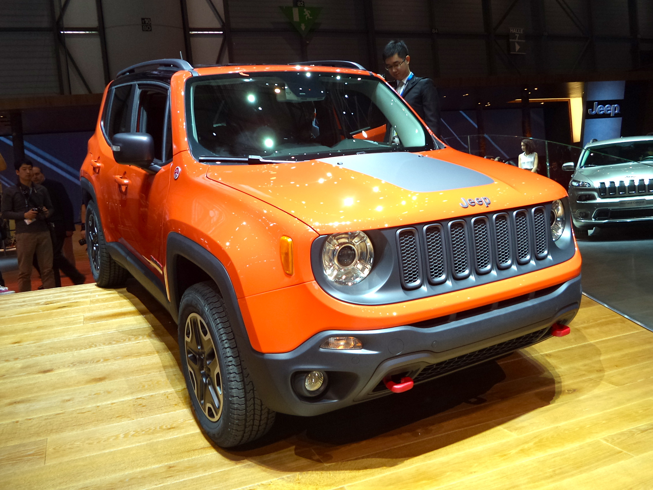 2014 geneva motor show 2015 jeep renegade john leblanc 39 s straight six. Black Bedroom Furniture Sets. Home Design Ideas