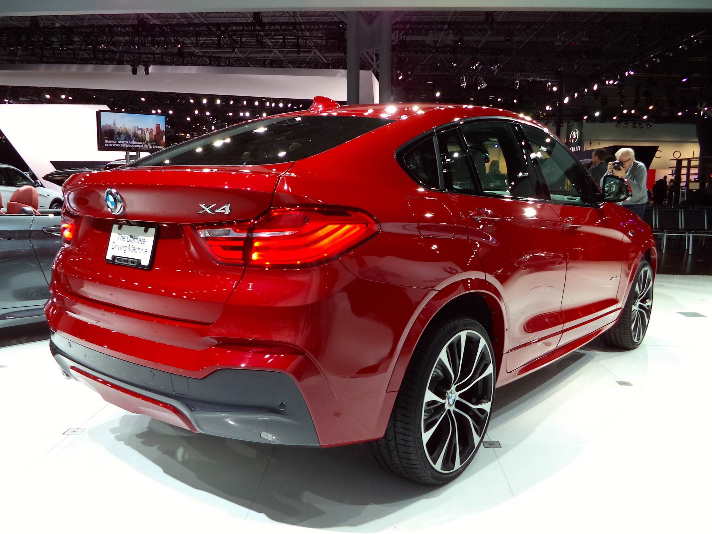 2014 new york 2015 bmw x4 john leblanc 39 s straight six. Black Bedroom Furniture Sets. Home Design Ideas